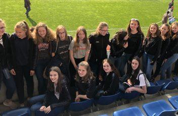 Die Mädels der JSG im Stadion