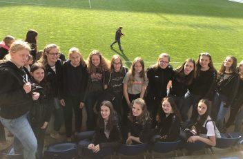 Die Mädels der JSG im Stadion (2)